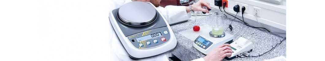 Bilance di precisione per laboratori e industria